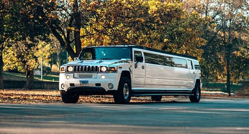 Costs and benefits of renting stretch limousine in Chicago